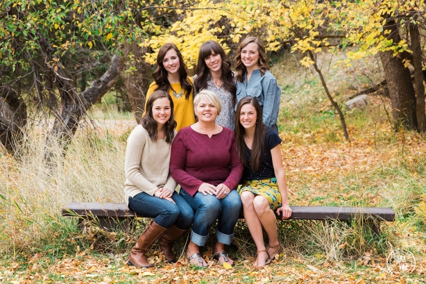 Bountiful Family Photographer | Utah Portrait Photographer | Utah Photographer | Portraits | Mueller Park Canyon | Extended Family Session | Fall Portraits | Sara Vaz Photography