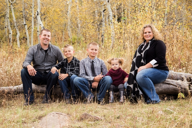 Utah Family Photographer | Utah Portrait Photographer | Utah County Photographer | Family Photographer | Family Photography | Headshots | Kids Portraits | American Fork Canyon | Tibble Fork Reservoir | Sara Vaz Photography